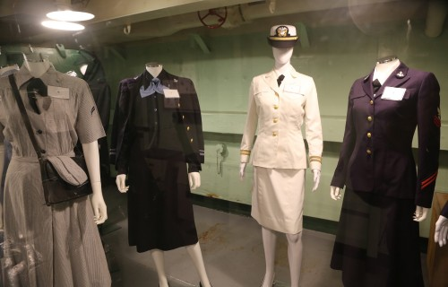 navy-women