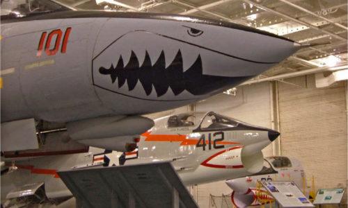 F14_Tomcat_with_F8_Crusader